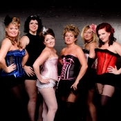 Rouge_Burlesque_girls